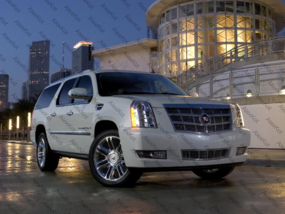 Cadillac 5-min.jpg