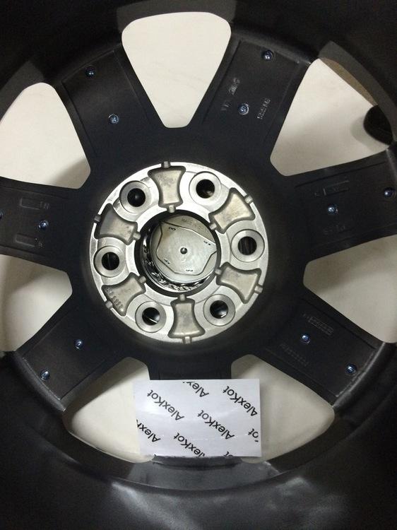 Cadillac 4 (7).JPG