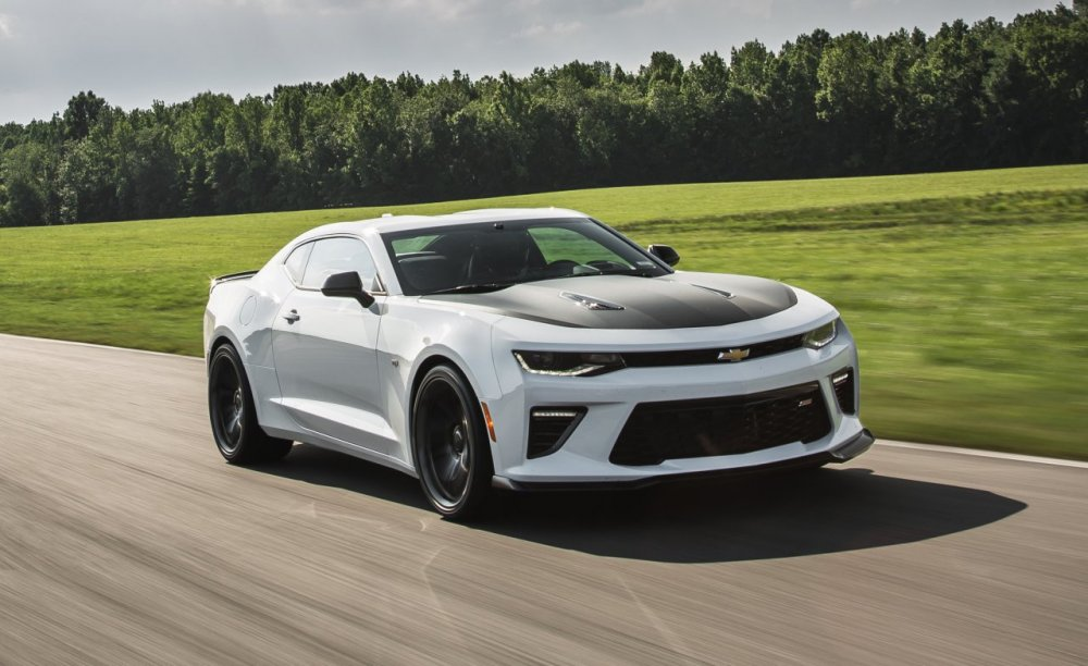 2017-Chevrolet-Camaro-SS-1LE-1.jpg