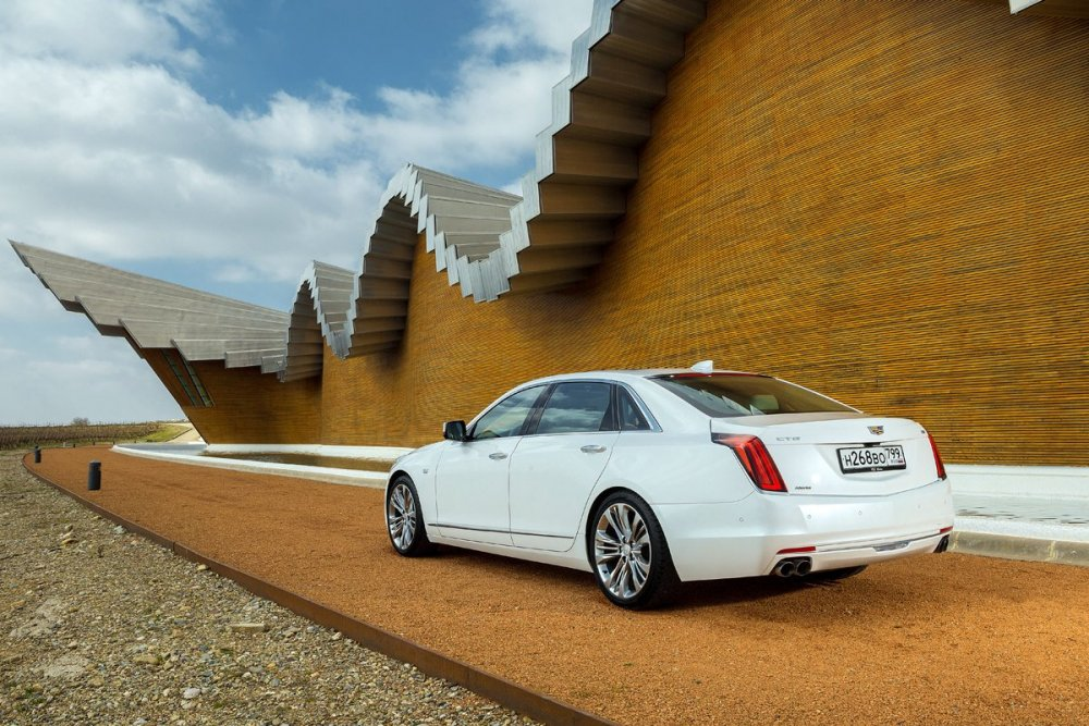 CADILLAC-CT6-SPAIN-STATIC_00006.jpg