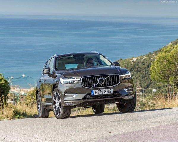 Volvo-XC60-2018-1280-0d.jpg