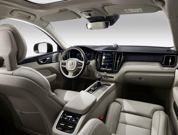 Volvo-XC60-2018-1280-74.jpg