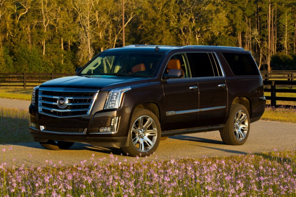 2015-Cadillac-Escalade-ESV-front-three-quarter-02.jpg