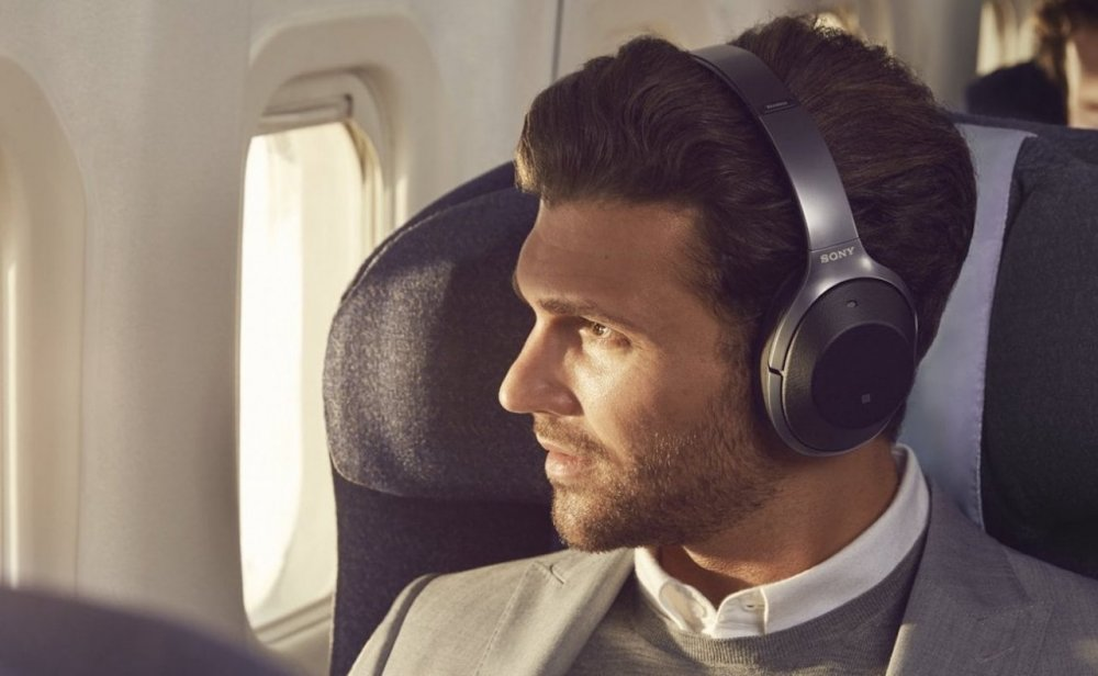 Sony-WH-1000XM2-Noise-Cancelling-Headphones-02.jpeg