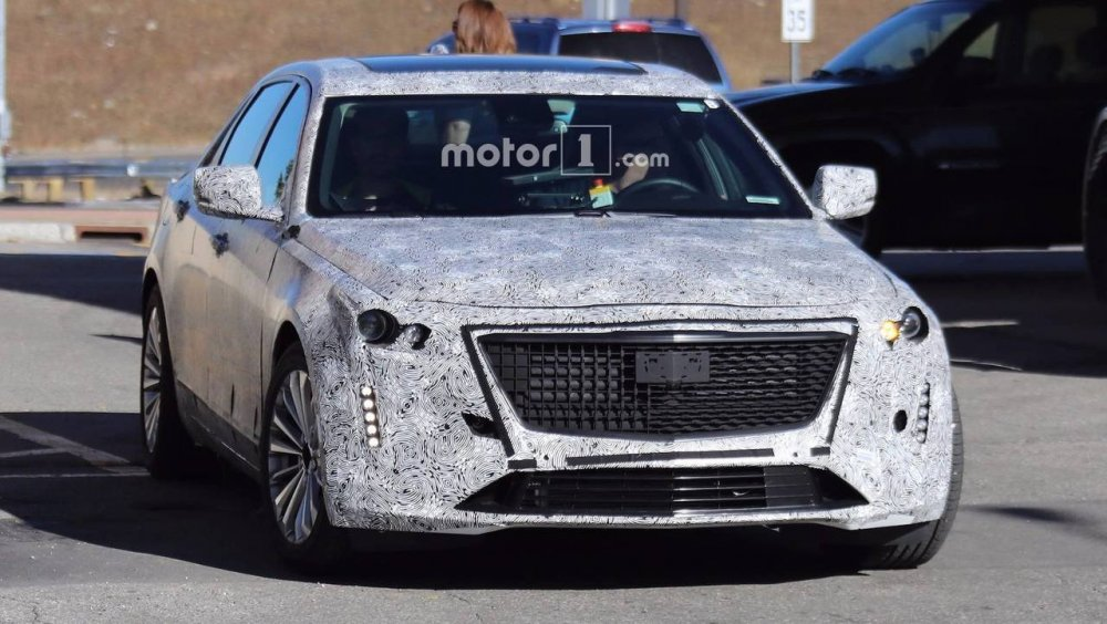 2019-cadillac-ct6-spy-shots.jpg